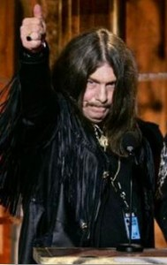 Bob Burns accepting his 2006 Rock and Roll Hall of Fame Award